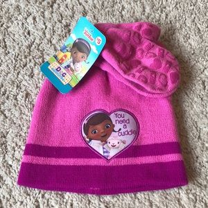 NWT Doc McStuffins snow hat and mittens set